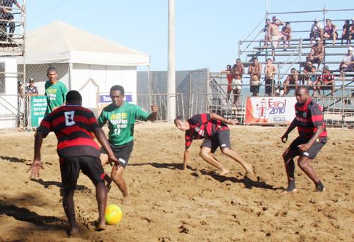 No primeiro jogo, se enfrentam as equipes do Nacional x Pinheiro Machado e logo depois, Rangers x Xexé (Foto: Check)